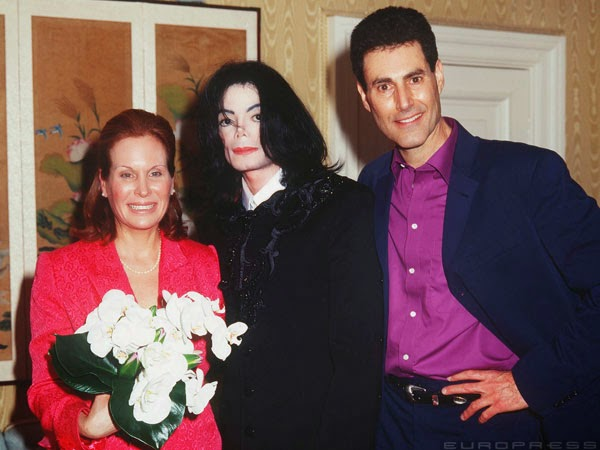 uri geller with his wife and maichel jackson